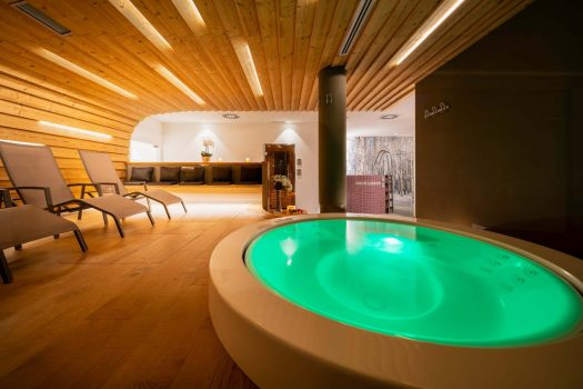 Hotel Columbia in Cortina added a new spa area. What's new in Cortina for the 2019-2020 Winter Season.