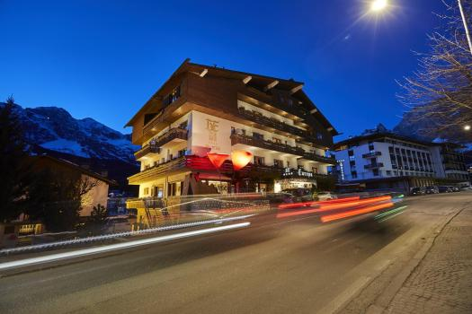 Exterior of the Hotel Europa. Book your stay at the Hotel Europa here. Cortina, an example of resilience in the tourism sector .