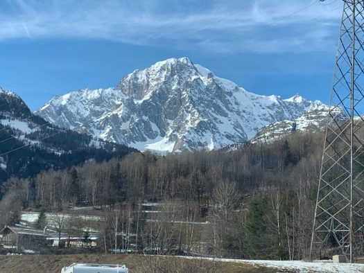 Monte Bianco, we made it to the Italian side. Our half term ski-safari holiday based in the Valdigne of Aosta Valley- Courmayeur, Pila and La Thuile.