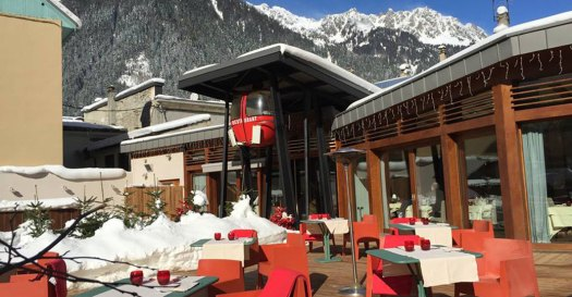 Exterior and terrace of restaurant Telecabine. Must-Read Guide to Chamonix.