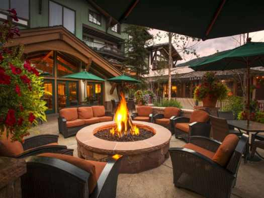 Outside firepit at the Lodge at Vail. The Must-Read Guide to Vail. Book your stay at the Lodge at Vail here.