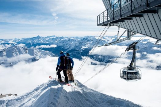 Skyway Monte Bianco is a start for the off-piste itineraries towards Courmayeur and Chamonix. Skyway Monte Bianco. Courmayeur Mont Blanc announces new sustainability strategy to 'save the glacier'.