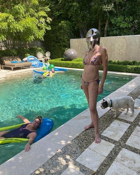 Sharon sizzled in this bikini photo