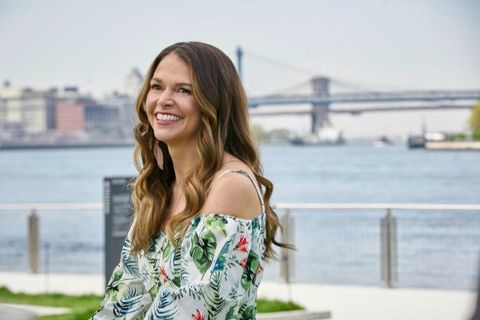 Sutton Foster returns to Younger as leading lady Liza