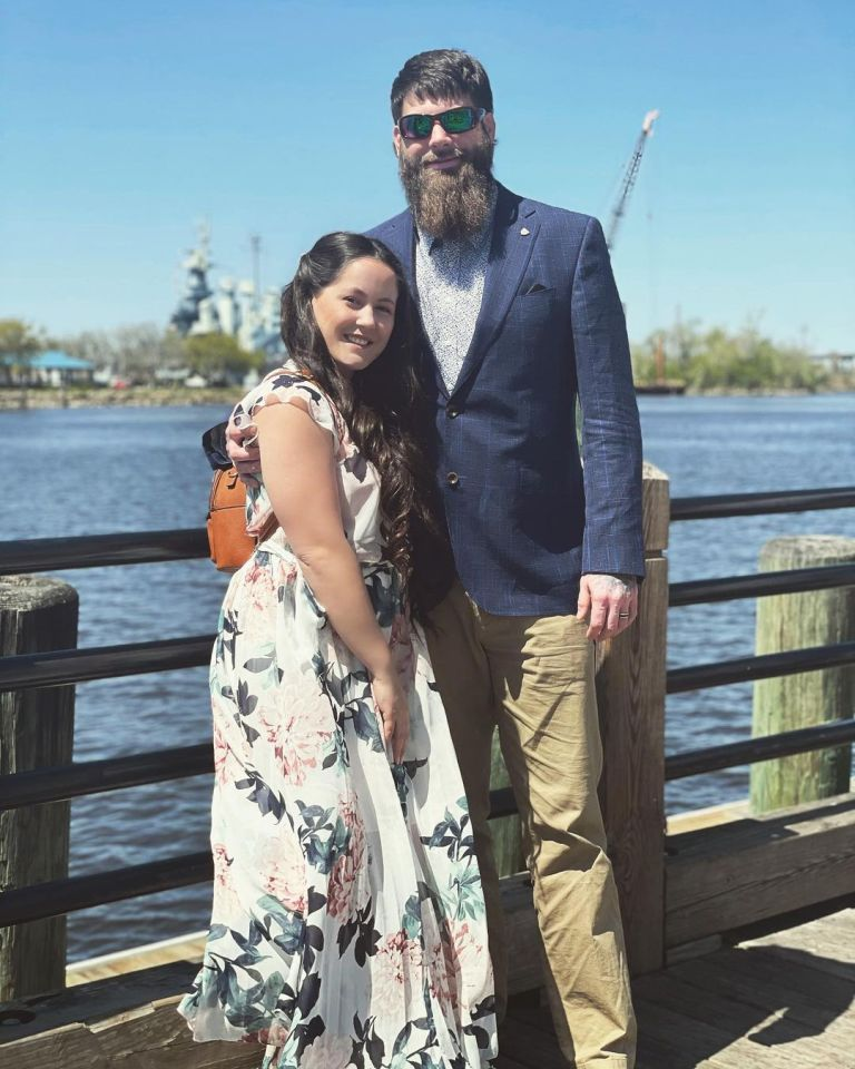 She shares daughter Ensley with husband David