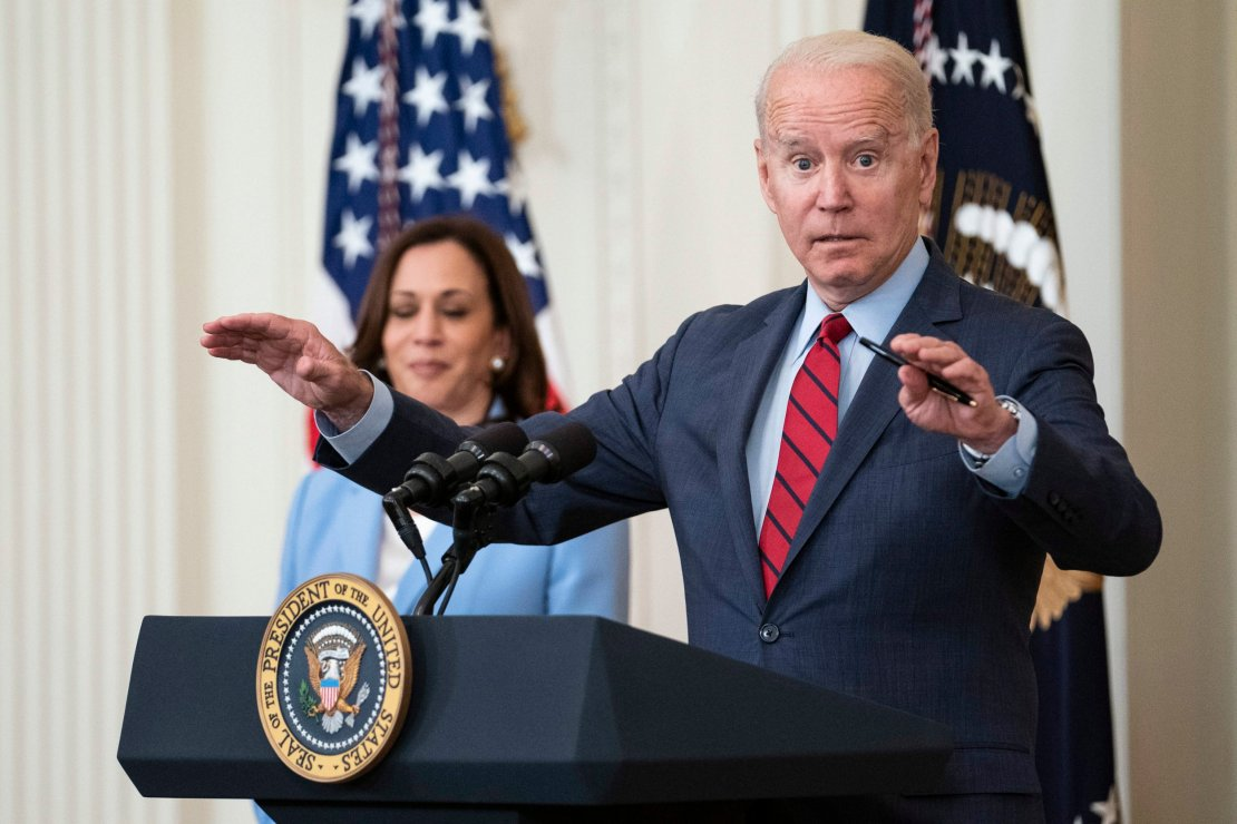 Kamala Harris had to remind Joe Biden about the deadly Miami building collapse (EPA)
