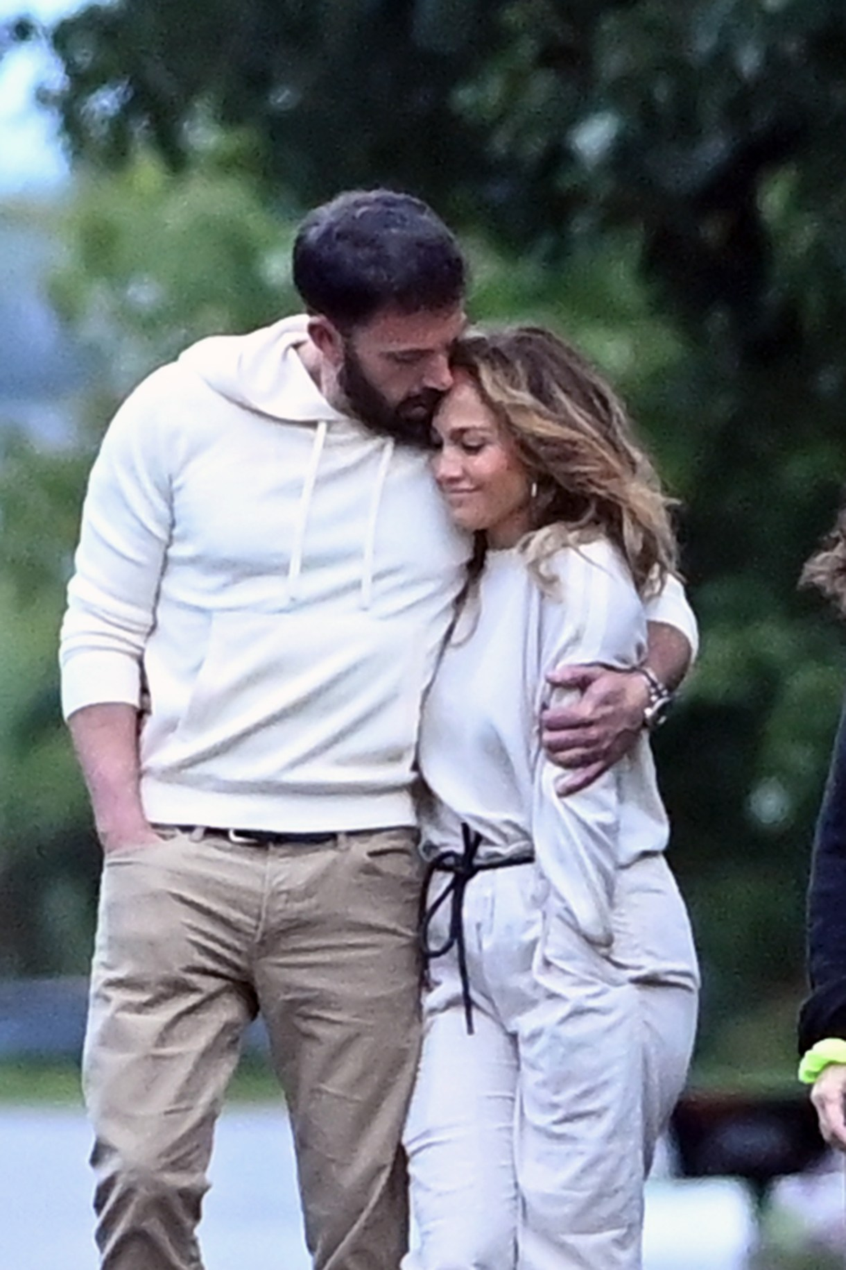Jlo and Ben Affleck fall in love at The Hamptons and continue their romance  as they hope to get married this year – Bolivia News