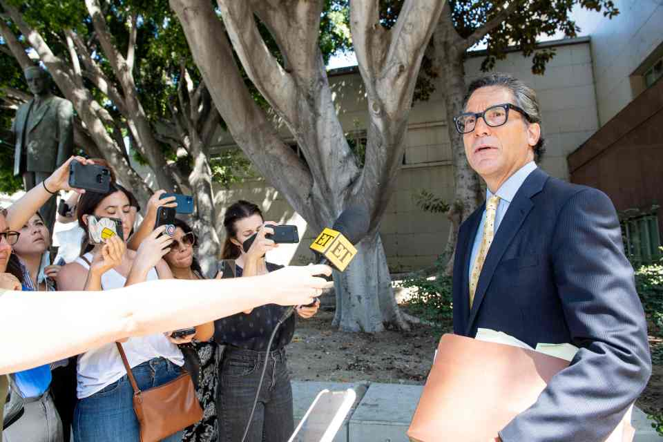 Britney's lawyer, Mathew Rosengart, spoke to fans after today's hearing
