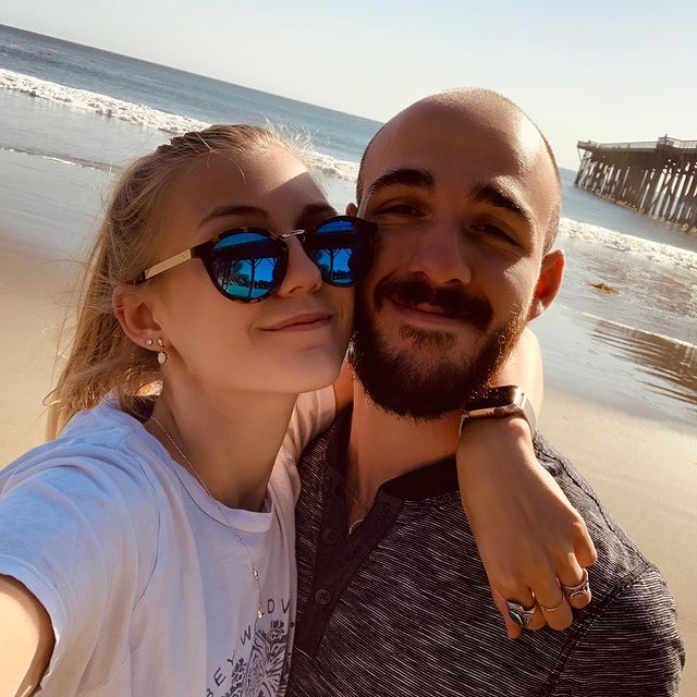 the couple was traveling to the united states