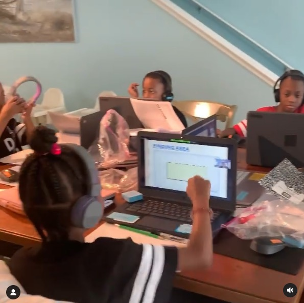 , Doubling Down With the Derricos Deon & Karen Derrico take their 14 kids on vacation after losing home in foreclosure, The Evepost News