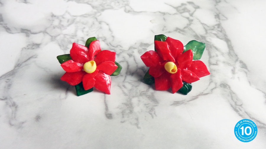 These earrings are perfect for pairing with this Christmas brunch recipe