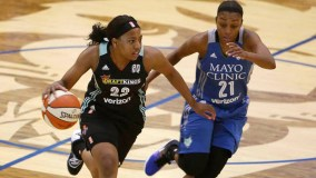 New York Liberty Re-signs Guard Ameryst Alston
