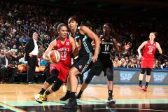 Second Half Collapse Dooms New York In 82-68 Loss To Washington
