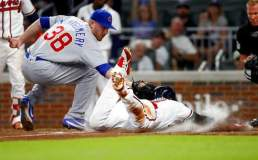 Cubs Comeback In The Ninth To Stun The Braves 3-2