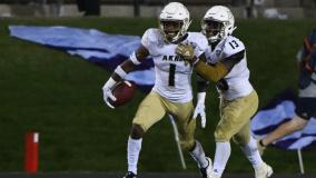 Akron's Alvin Davis Earns MAC Honors