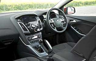 Ford Focus Zetec 10 Ecoboost 125 5dr AA