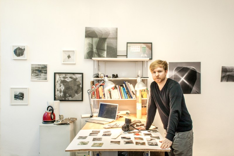 Robin at his studio during the visit ©Laura Fiorio