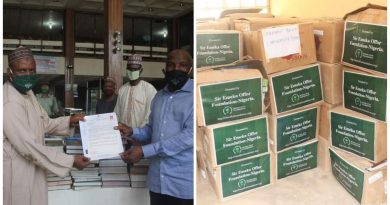 Foundation donates 60 cartons of books to ABU Zaria 4