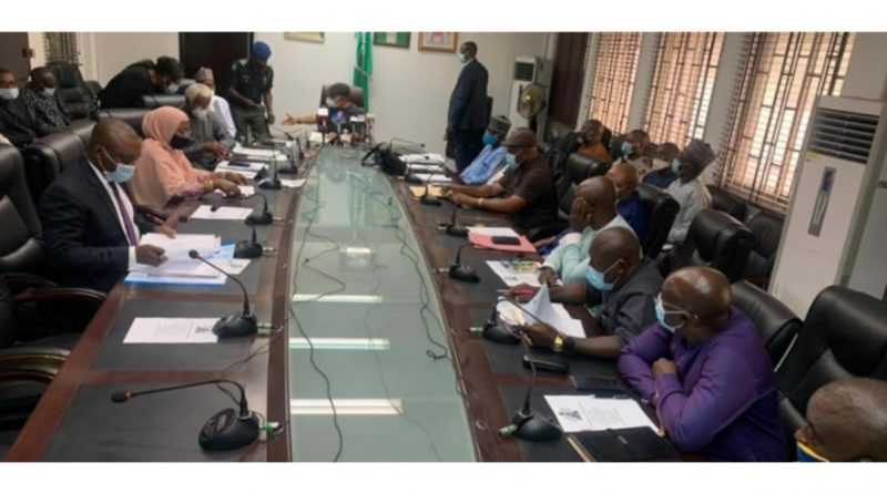 FG signs MOA with NASU, SSANU to end strike 2