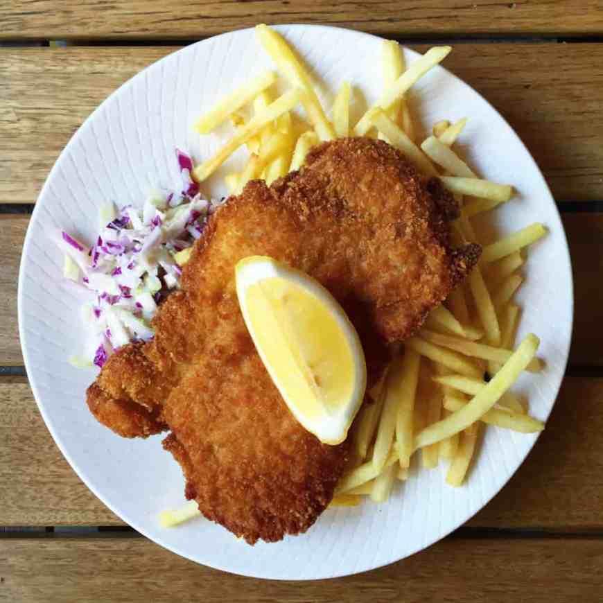 schnitzel, 2 girls one fork