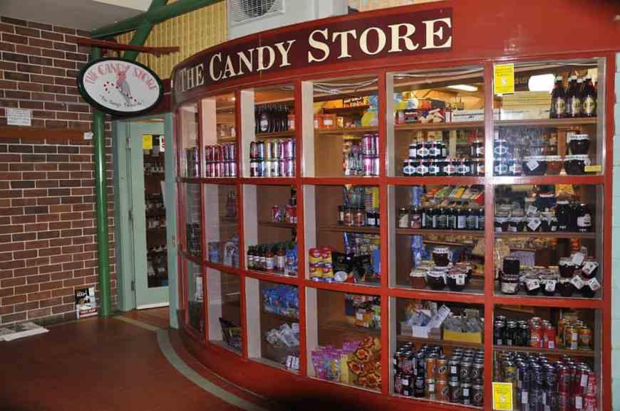 candy store leura