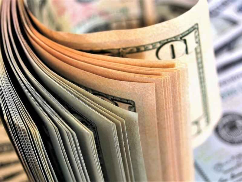 Understand how entities prepare their cash flow statement under IAS 7.