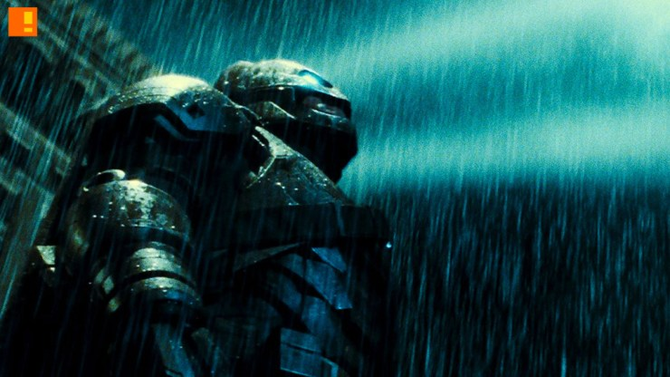 batman armour suit. the action pixel. @theactionpixel. warner bros. pictures. dc comics.