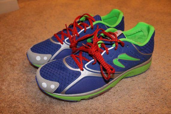 Newton Motion III Shoe