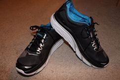 Hoka One One Valor Main