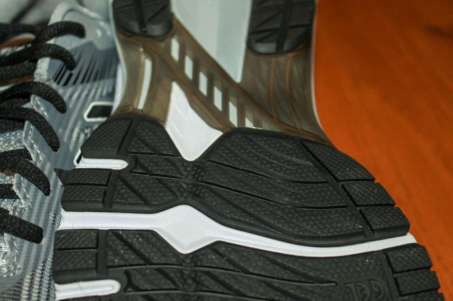 Asics GT-2000 8