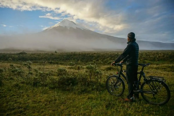 13 Photos That Will Take You On A Journey Cycling Through Ecuador