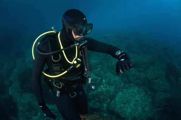Decompression sickness symptoms