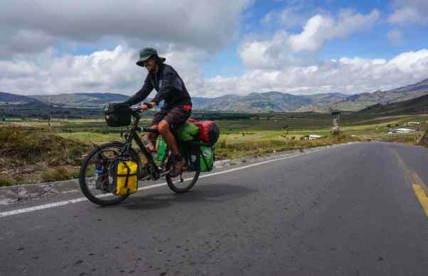 13 Photos That Will Take You On A Journey Cycling Through Ecuador
