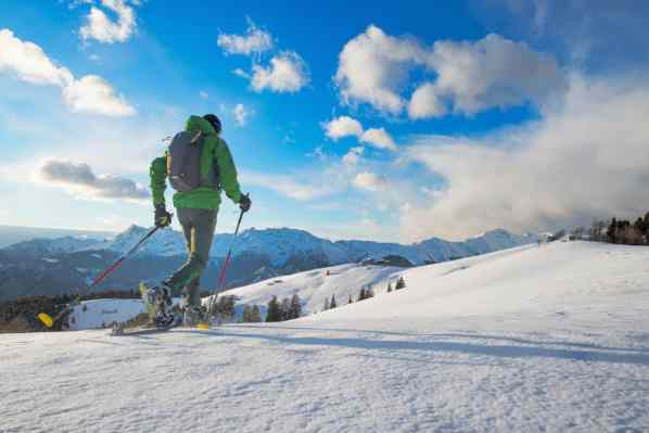 tips for snowshoeing