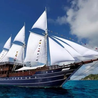 Amira Diving Liveaboard