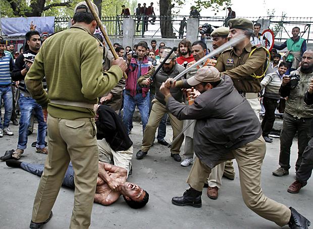 IndiaKashmirProtest2jpg-3576481_p9