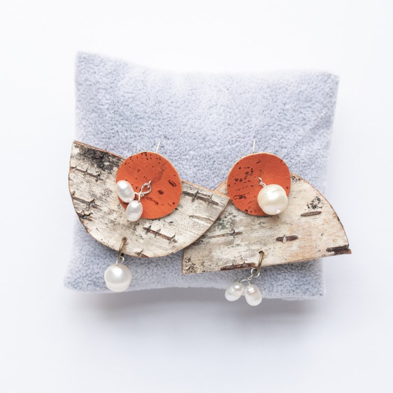 asymmetrical birch bark earrings with pearls and orange cork