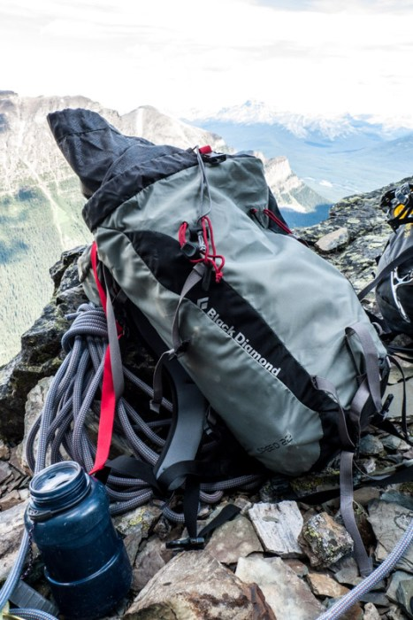 Speed_22_Backpack_Review-1