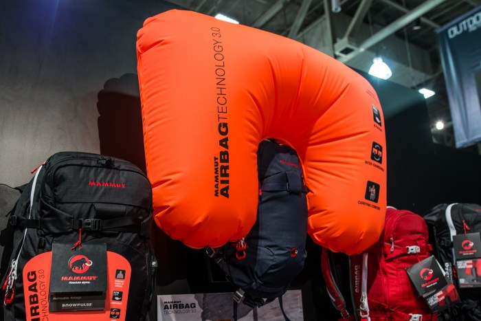 Mammut_Ultralight_Removable_Airbag_3.0-3