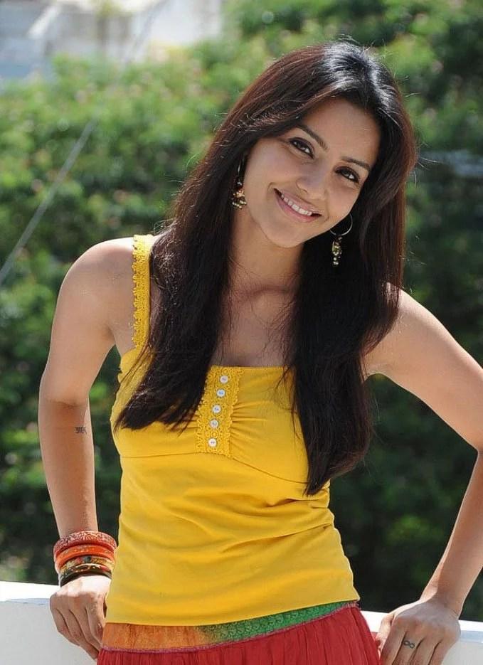 Priya Anand Model From Chennai India Female Model Portfolio