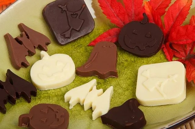 Halloween Ghoulish Treats With Your Spooky Kids