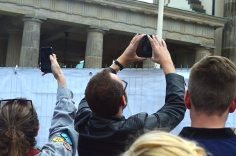 PHOTOS: Obama lectures 'we can't hide behind a wall' - from behind a wall! - The American Mirror