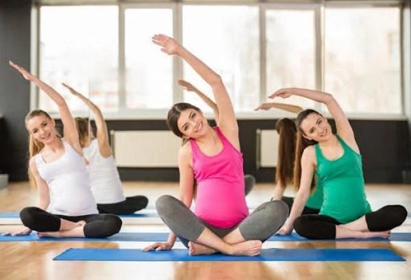 exercises-while-pregnant-yoga