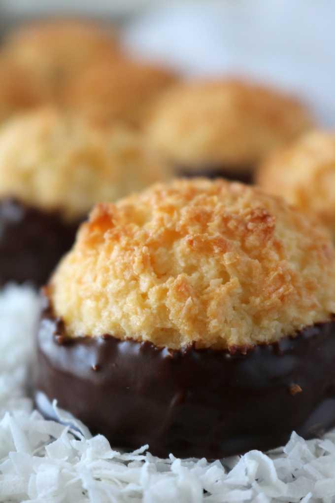Easy Coconut Macaroon Recipe