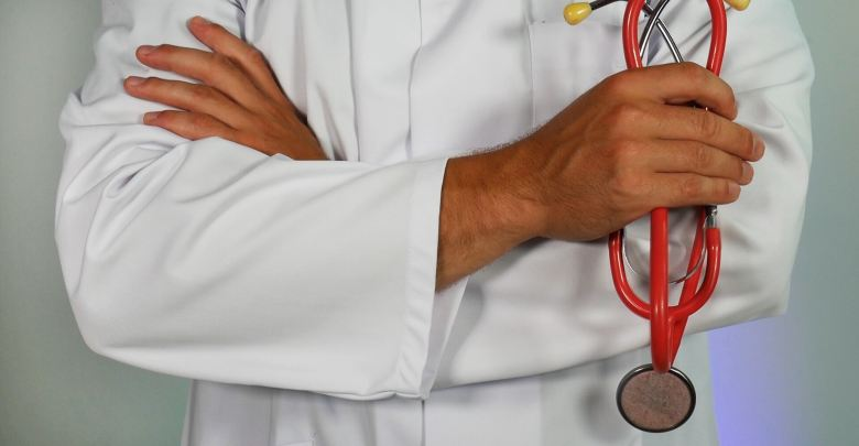 Nearly 3,000 expats replaced by Omanis in health sector