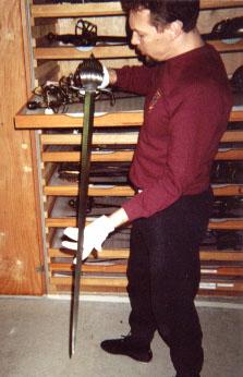 """""""Сколько весили исторические мечи?"""" Джон Клементс, THE ARMA"""