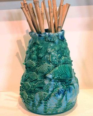 אגרטל דגים בצבע טורקיז מקרמיקה עבודת יד | איריס עשת כהן