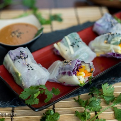 Summer Veggie Spring Rolls with Spicy Peanut Sauce {vegan}