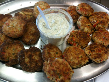 Crabcakes with Spicy Remoulade Sauce