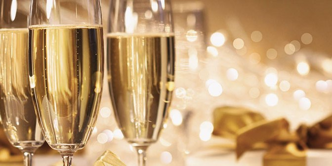 Break out the Bubbly! Sparkling Wine Recipes + Holiday Food Pairings from NYC Master Sommeliers